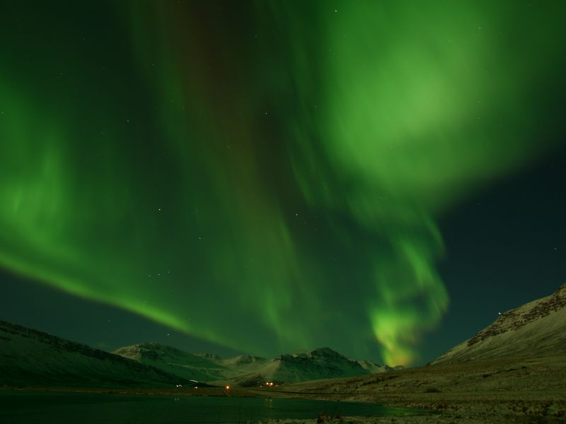 Day Tours for Groups: NORTHERN LIGHTS tour from Reykjavik